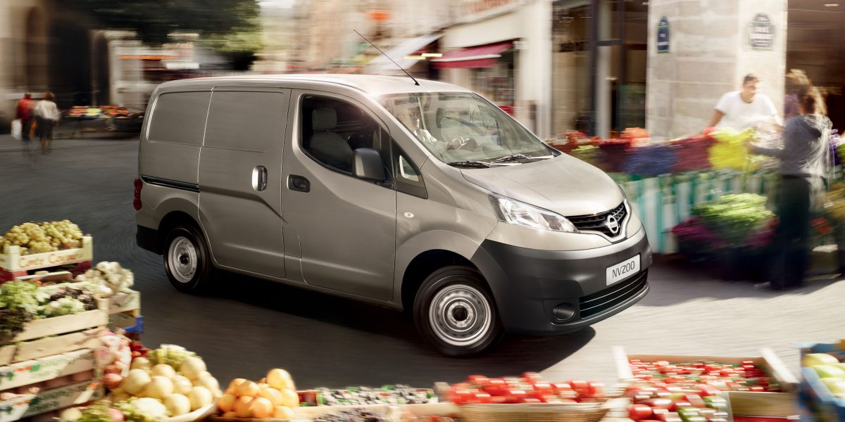 nv200-van-features-pushing-durability-to-the-limits-LHD-jpg-ximg-l_12_m-smart.jpg