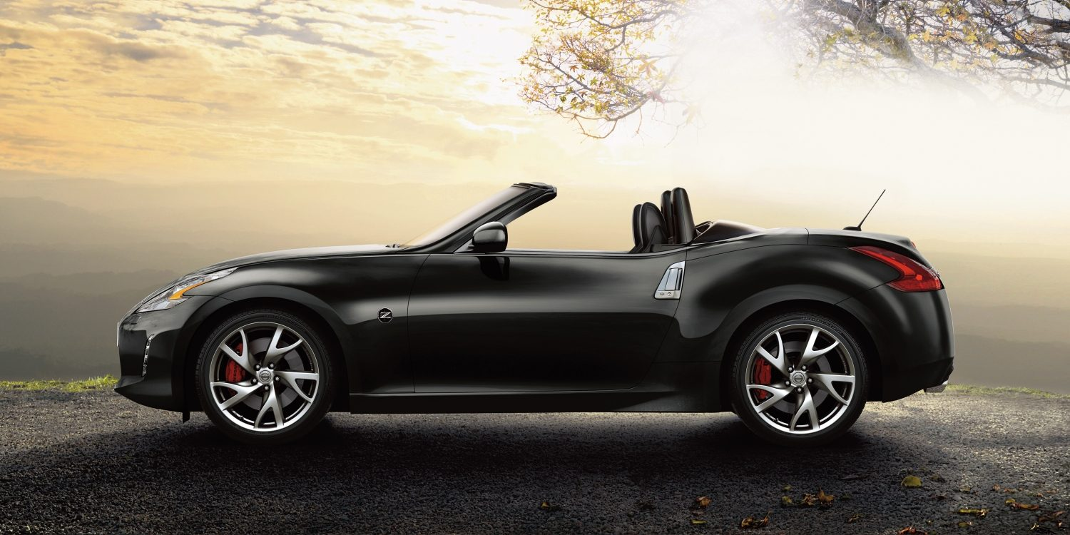 370z-roadster-overview-side-view-jpg-ximg-l_full_m-smart.jpg