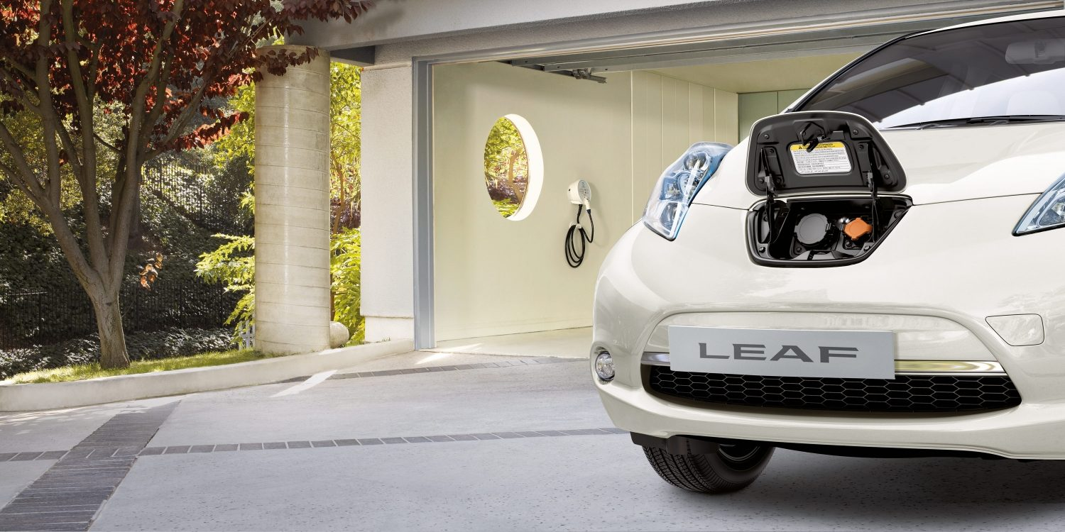 leaf-overview-electric-car-jpg-ximg-l_full_m-smart.jpg