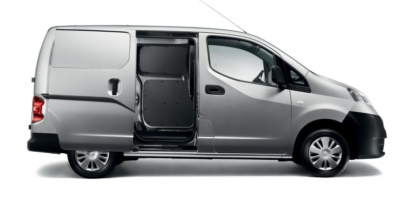 nv200-van-design-designed-for-maximum-loadability-LHD-jpg-ximg-l_8_m-smart.jpg